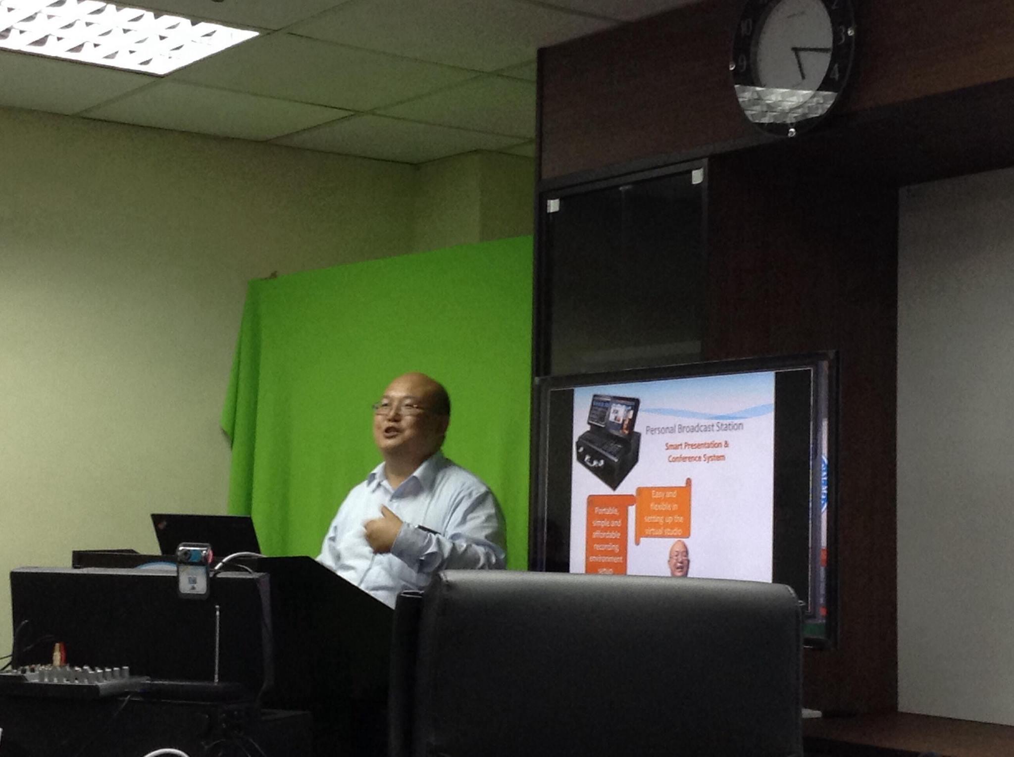 Mobile Learning Workshop Series 2013