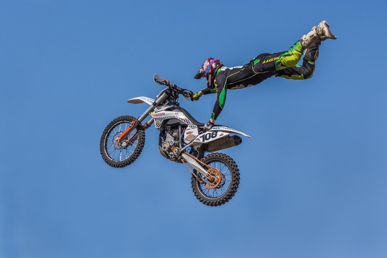 motocross stunt 2